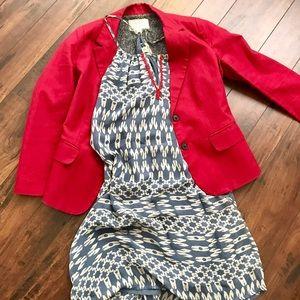 Sleeveless dress with jacket